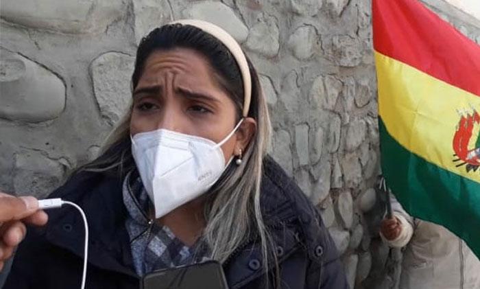 Carolina Ribera pedirá a los hijos de Arce que intercedan con su padre para trasladar a Jeanine Añez a una clínica