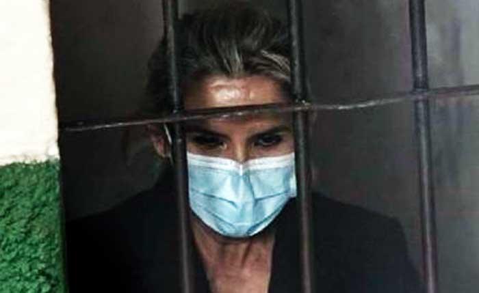 Defensa de Añez presenta solicitud para libertar a la exmandataria; considera que no se probó terrorismo