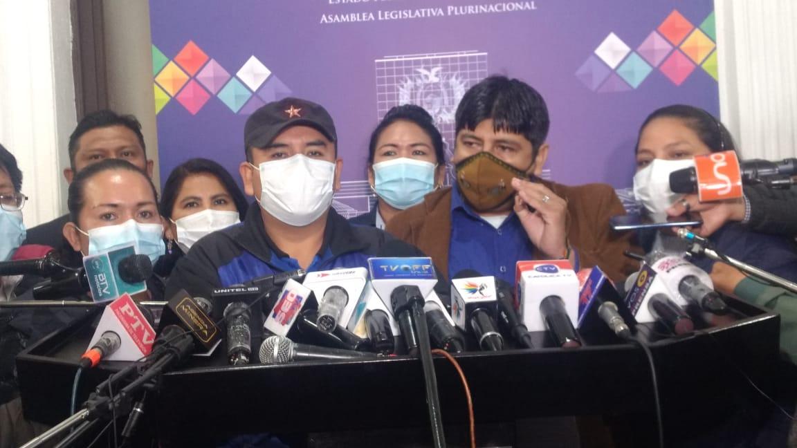 El MAS acusa a opositores que viajaron a EEUU por traición a la Patria y anuncia proceso en Comisión de Ética