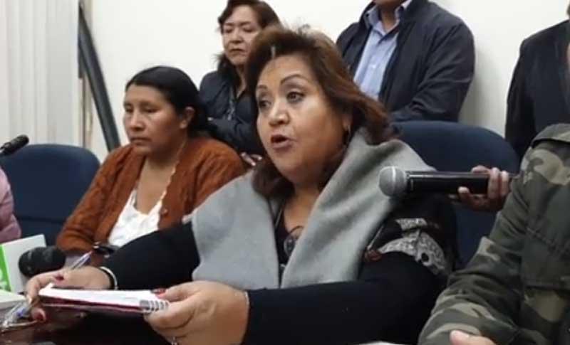 MAS pide garantías para sesionar ante advertencia de Camacho