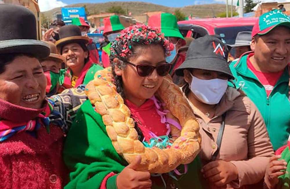 Eva Copa sube al 87,6% en intensión de voto para la Alcaldía de El Alto