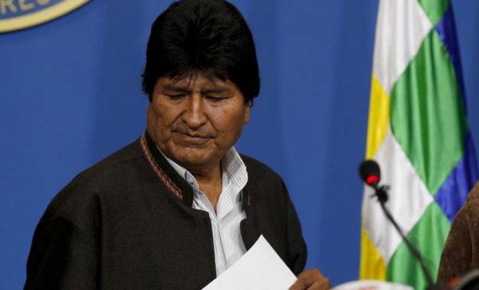 Opositores piden que Evo sea investigado por las quemas en La Paz en 2019