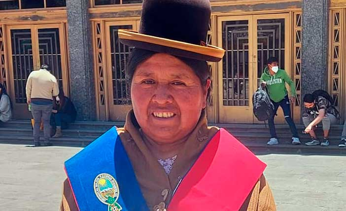 Felipa Huanca fue nombrada como Cónsul en el servicio exterior