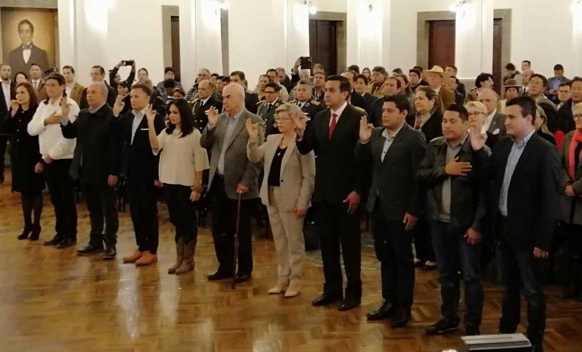 Añez posesiona Gabinete; aparecen conocidos como Arturo Murillo y Yerko Núñez - Red Erbol