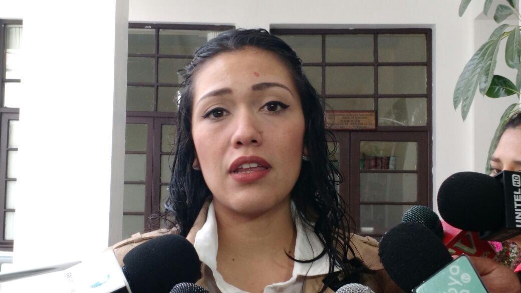Renunció Adriana Salvatierra, presidenta del Senado de Bolivia